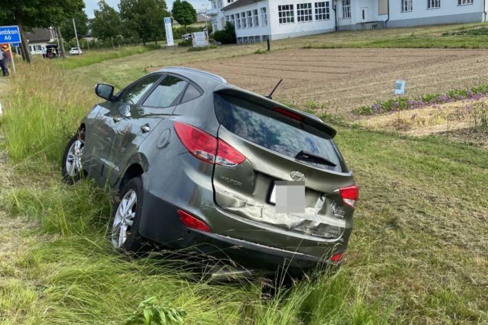 Beim Unfall von gestern in Dintikon AG wurden zwei Personen verletzt.