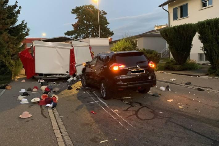 Beim Unfall in Glattbrugg ZH verletzte sich eine Person.