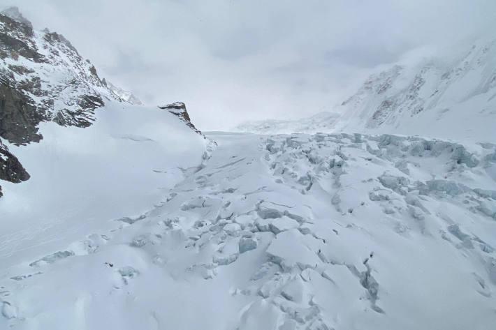 Ein Todesopfer bei Spaltenunfall am Grenzgletscher bei Zermatt