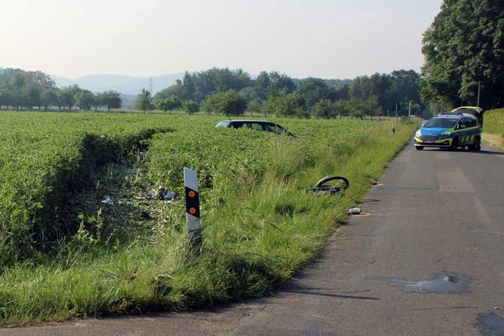 Der Pkw geriet in Alswede von der Fahrbahn ab und kam in einem angrenzenden Feld zum Stehen