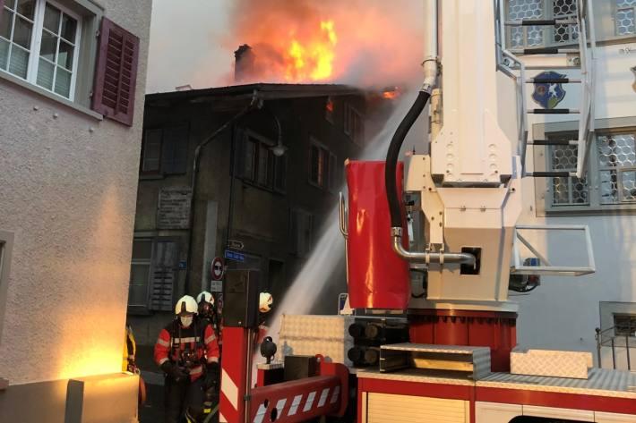 In Mollis GL  brannte es heute Vormittag.