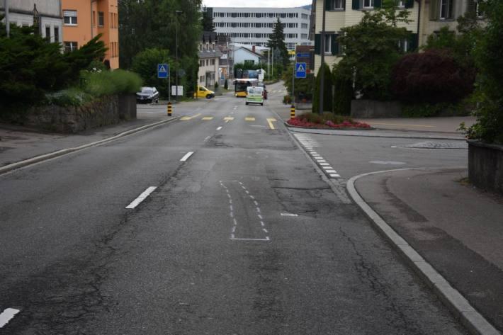 In Oberbüren SG kam es gestern zu einem Unfall mit einem leichtverletzten 16-Jährigen.