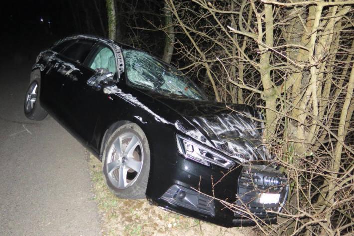 Personenwagen erleidet Totalschaden bei Unfall in Eptingen BL