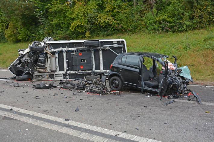Beim schrecklichen Unfall in Roggwil TG wurden drei Personen schwer verletzt.