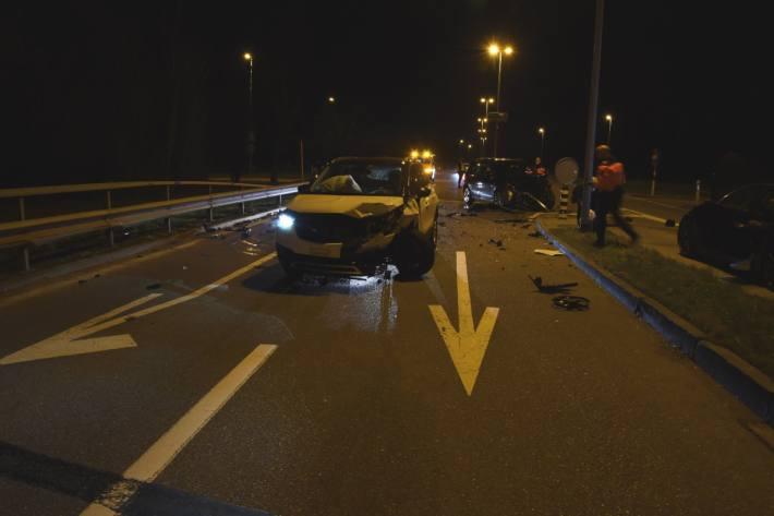 Grosser Sachschaden an beiden Autos beim Unfall in Mörschwil SG.