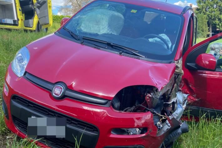 Bei der heftigen Frontalkollision in Aristau AG verletzten sich zwei Personen.