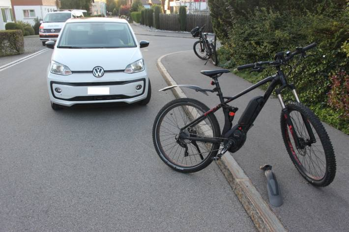 Beim Unfall in Appenzell ist der E-Bike-Lenker verletzt worden.