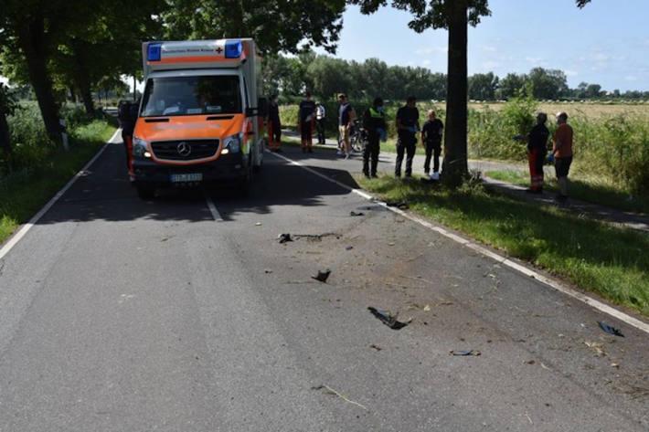 27-jähriger Motorradfahrer tödlich verletzt
