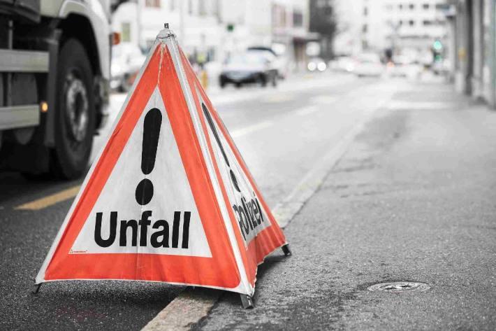 In Nunningen kam es gestern zu einem schweren Unfall zwischen Velofahrern.