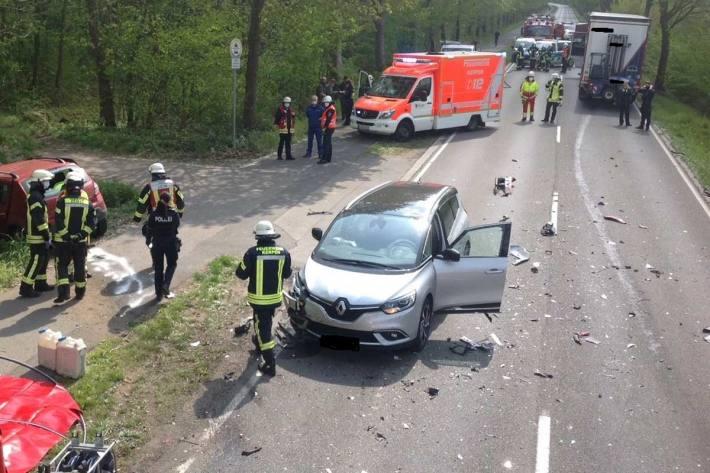 Zwei Tote bei Unfall auf der L163