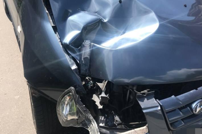 Gestern ist in Windisch AG ein Auto verunfallt.