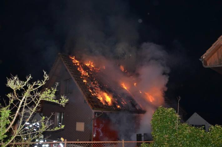 In Ramlinsburg BL brannte es letze Nacht.