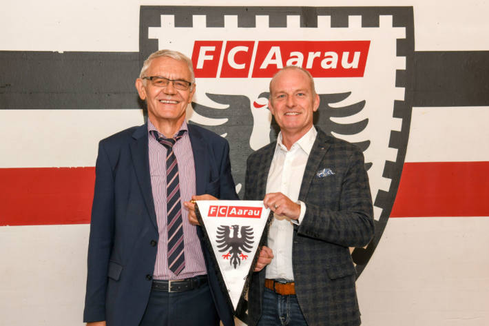 Der alte und der neue FCA-Geschäftsführer: Robert Kamer (l.) und Roland Baumgartner