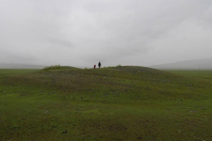 Ausgeraubtes Hügelgrab in Nordwestchina