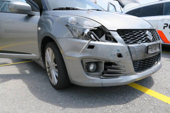 Unfallfahrzeug auf der A3 in Bilten