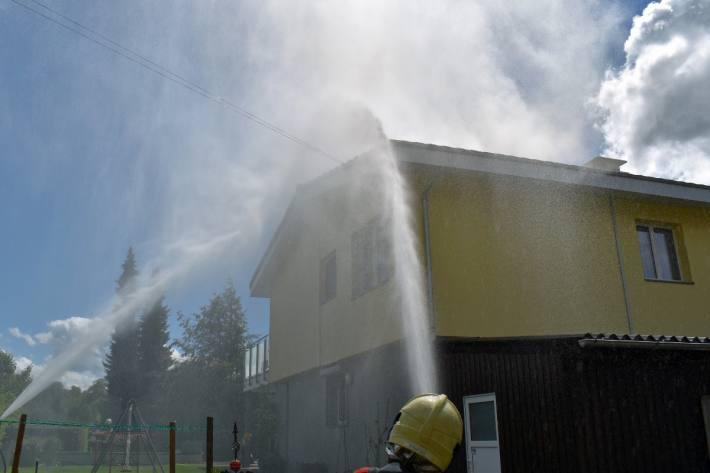Ein Einfamilienhaus brannte gestern in Beromünster LU.