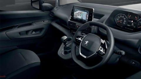 e- LONG 750 100kW 50kWh Professional Premium Van Auto [2021.75]