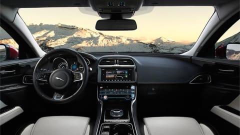2.0 P300 R-Dynamic HSE 4dr Auto AWD [2022]