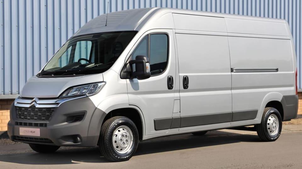 35 L3 2.2 BlueHDi Box Van 165ps Plus [2021.5]