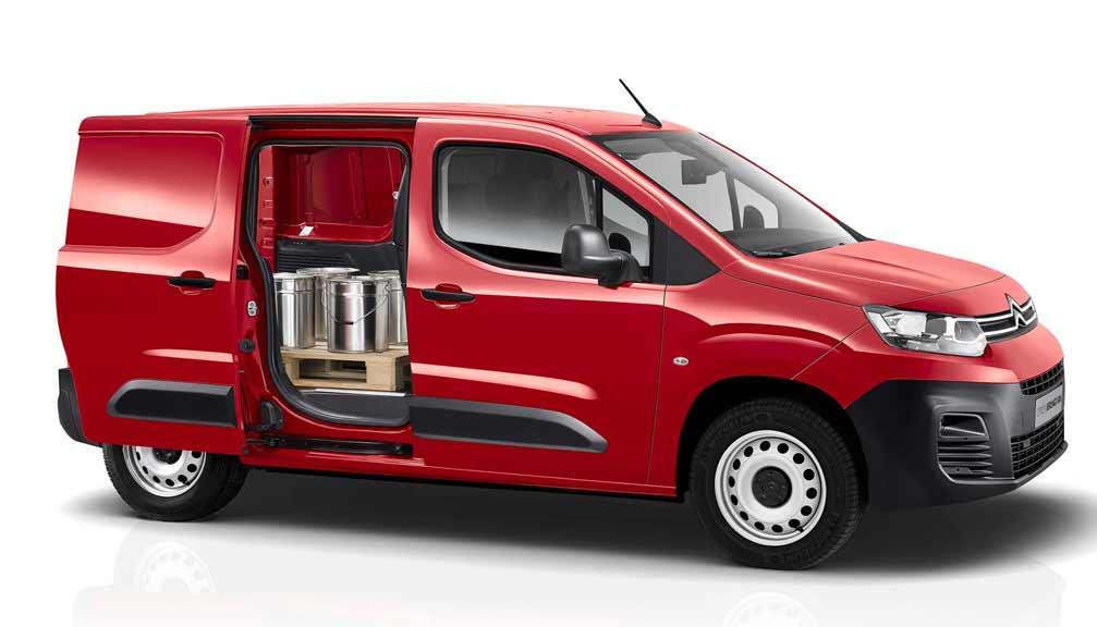 e- XL 700 100kW 50kWh Crew Van Enterprise Pro Auto [2021.75]