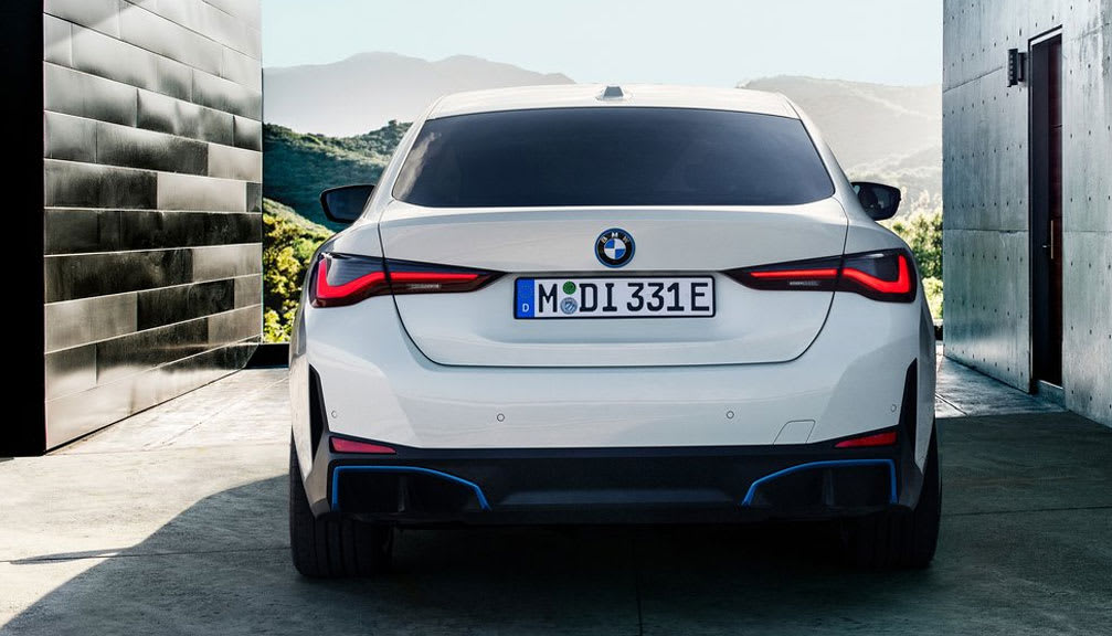 250kW eDrive40 Sport 83.9kWh 5dr Auto [Tech Pack] [2021.75]