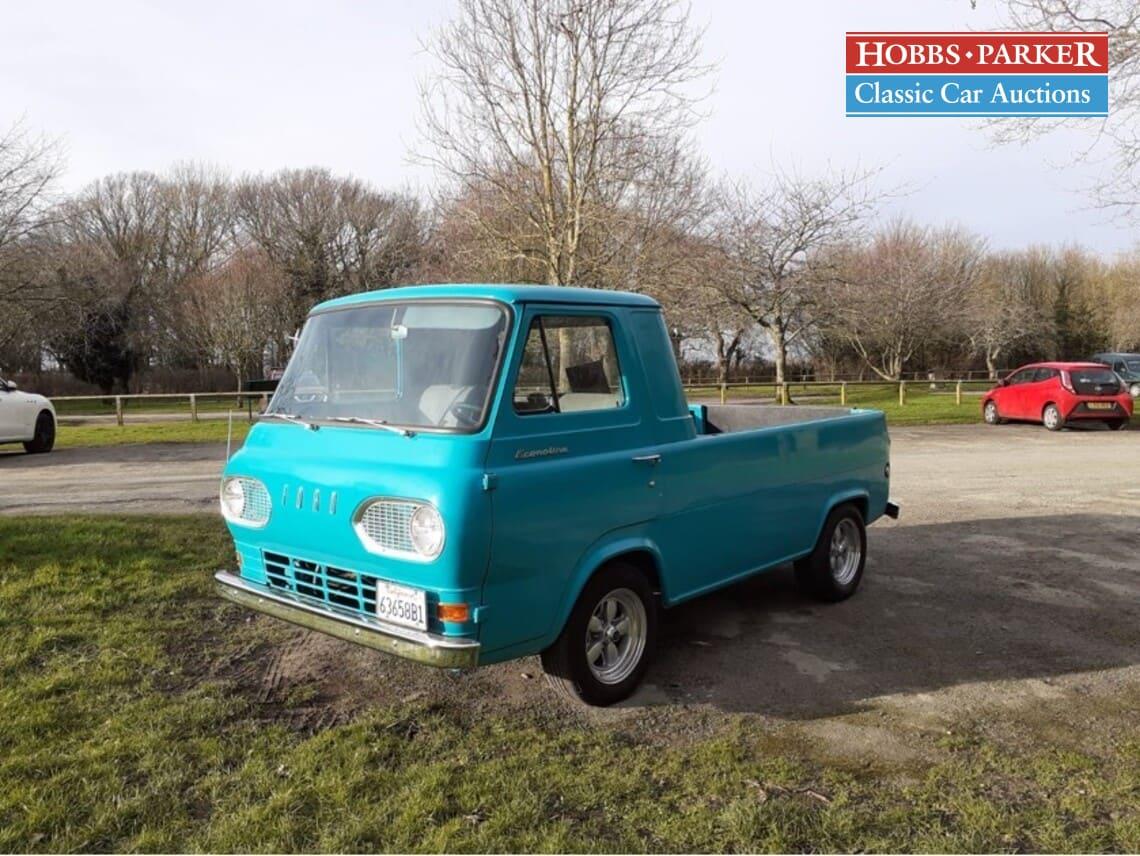 Ford / Econoline / Pick-up / Turquoise / Petrol / Manual / 2200cc / 73000 miles