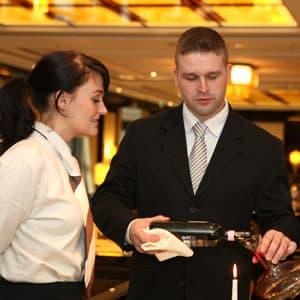 Ausbildung in Hotellerie und Gastronomie (Foto: Dehoga