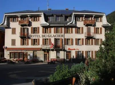 Le vieux Hotel du Glacier et Poste Fiesch
