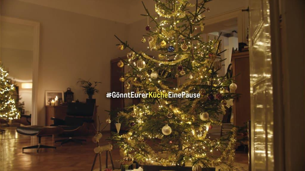 Kampagne #GönntEurerKücheEinePause plädiert für Gastronomie-Unterstützung: METRO Deutschland bittet alle darum, das Weihnachtsessen diesmal nicht selbst zu kochen, sondern zu bestellen