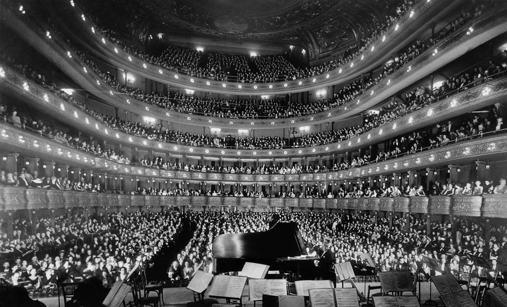 Voll besetztes Opernhaus