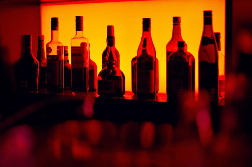 bar-bottles-sergio-alves-santos