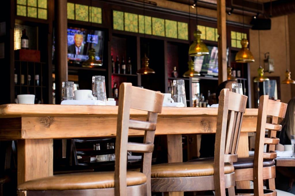 Restaurant Tisch leer