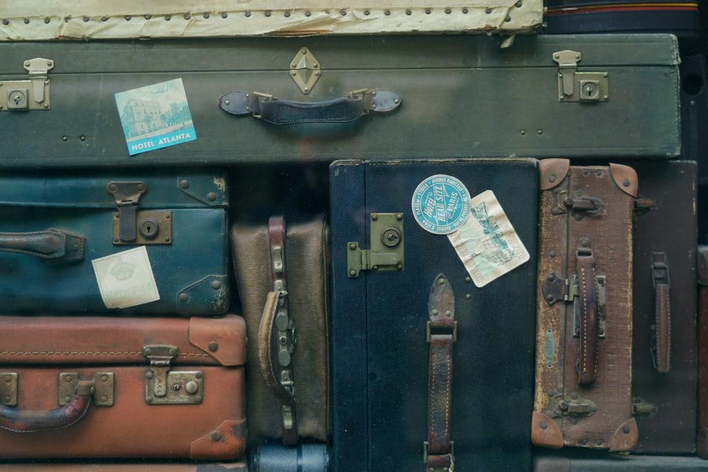 travel-case-erwan-hesry-unsplash