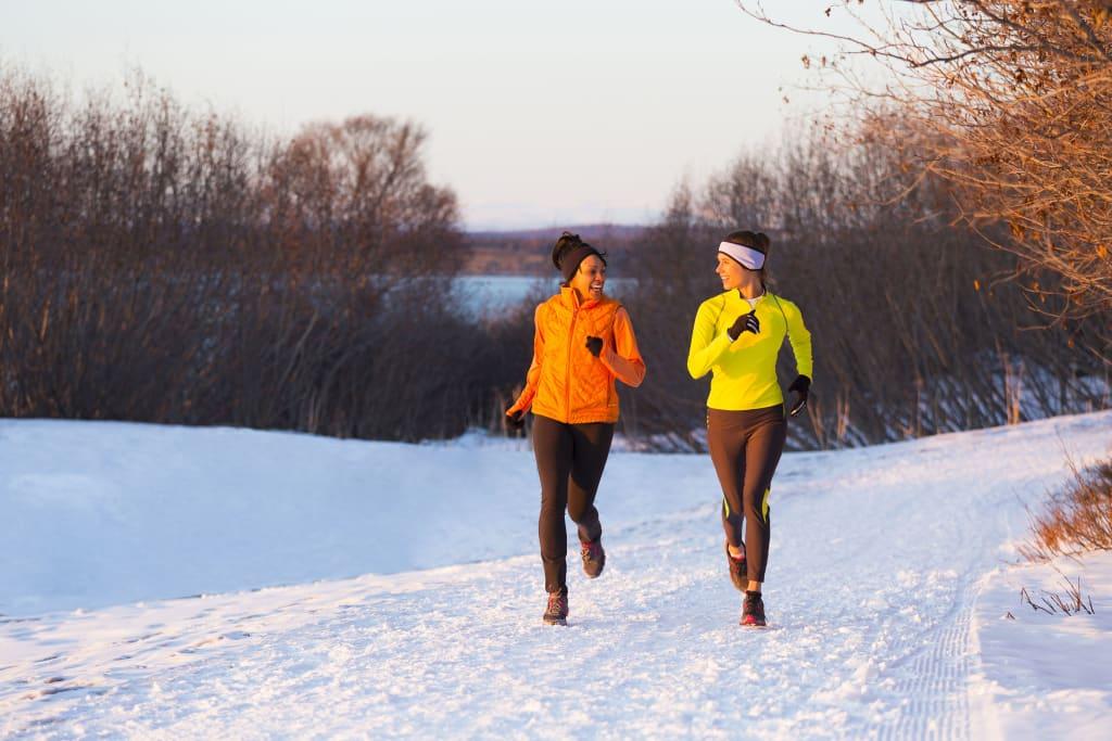 Draußen Sport treiben: Tipps für die kalte Jahreszeit
