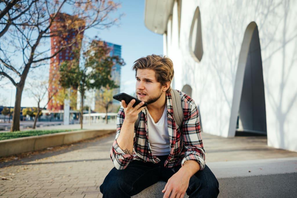 Bei der Deutschen Hospitality können sich Jobsuchende ab sofort in zwei Minuten via Sprachnachricht bewerben (Foto: Talk'n'Job)