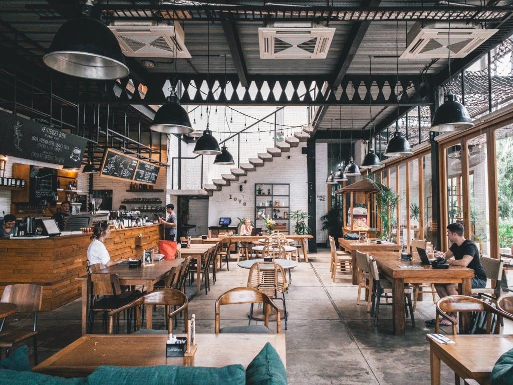 Restaurant (Foto: Shwan Ang / Unsplash)