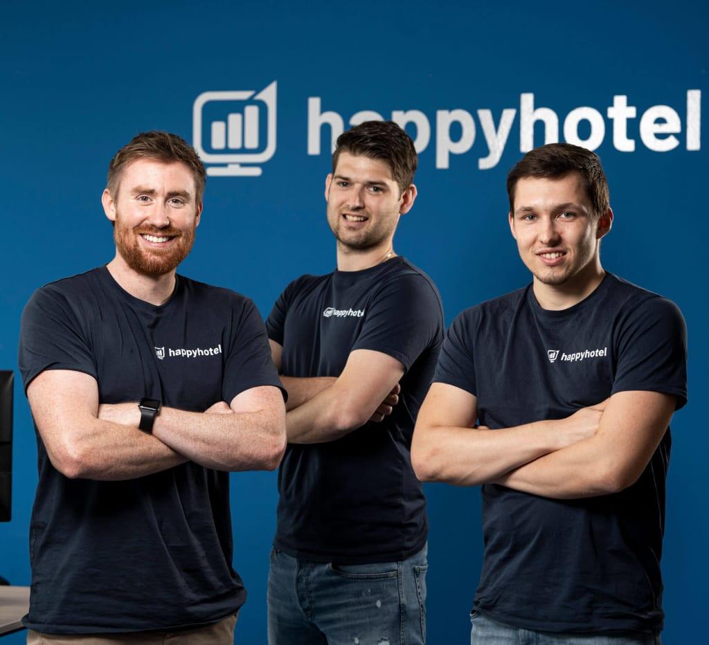 happyhotel-founder