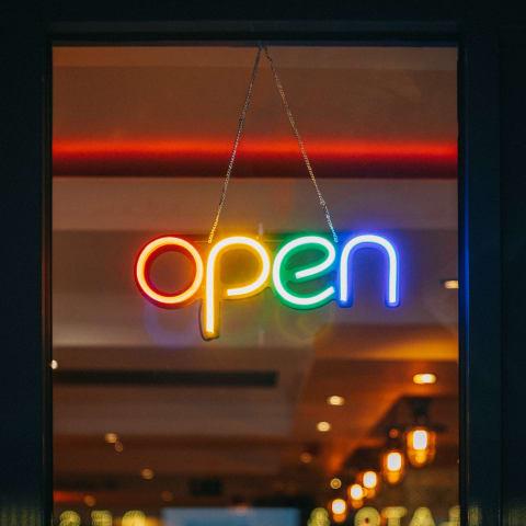open-sign-viktor-forgacs-unsplash