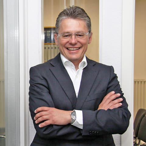 ETL-Rechtsanwalt Dr. Uwe Schlegel