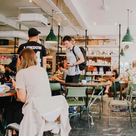 restaurant-unsplash