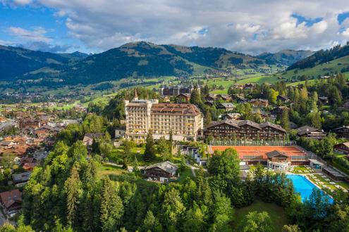 """Rang 3 im Hotelranking von """"Bilanz"""": Das Gstaad Palace gehört zu den wenigen familiengeführten Schweizer Luxushotels. (Foto: Gstaad Palace)"""