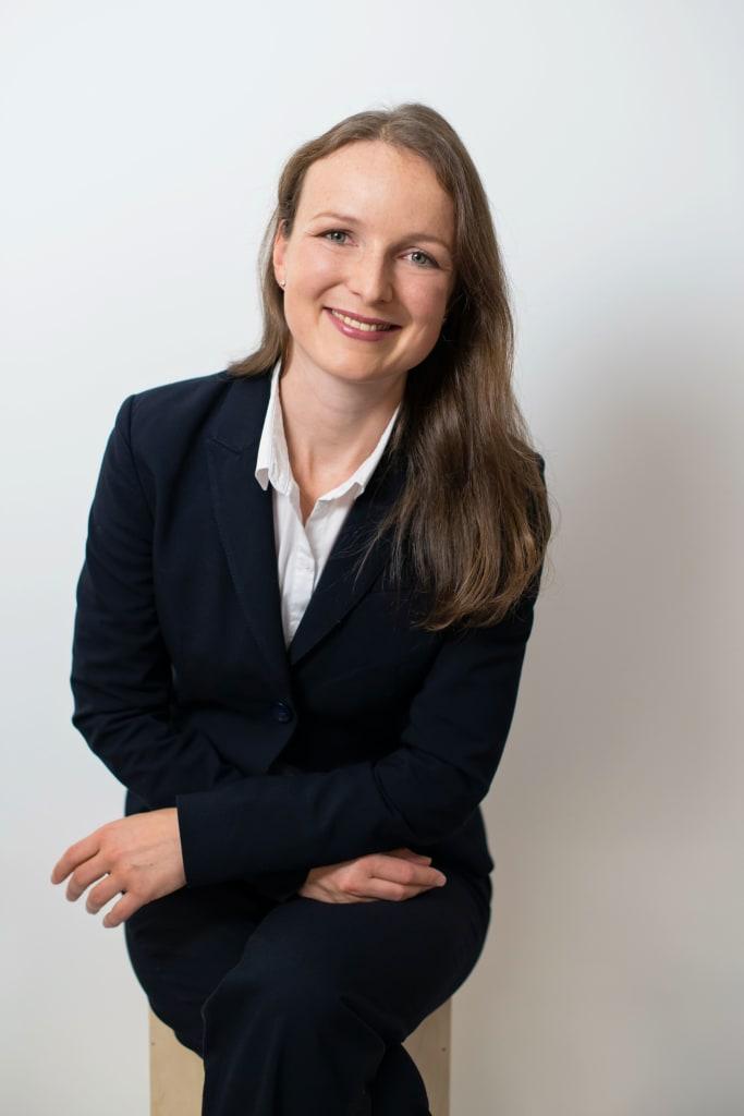 Manuela Wiesinger ist Consultant bei Conos