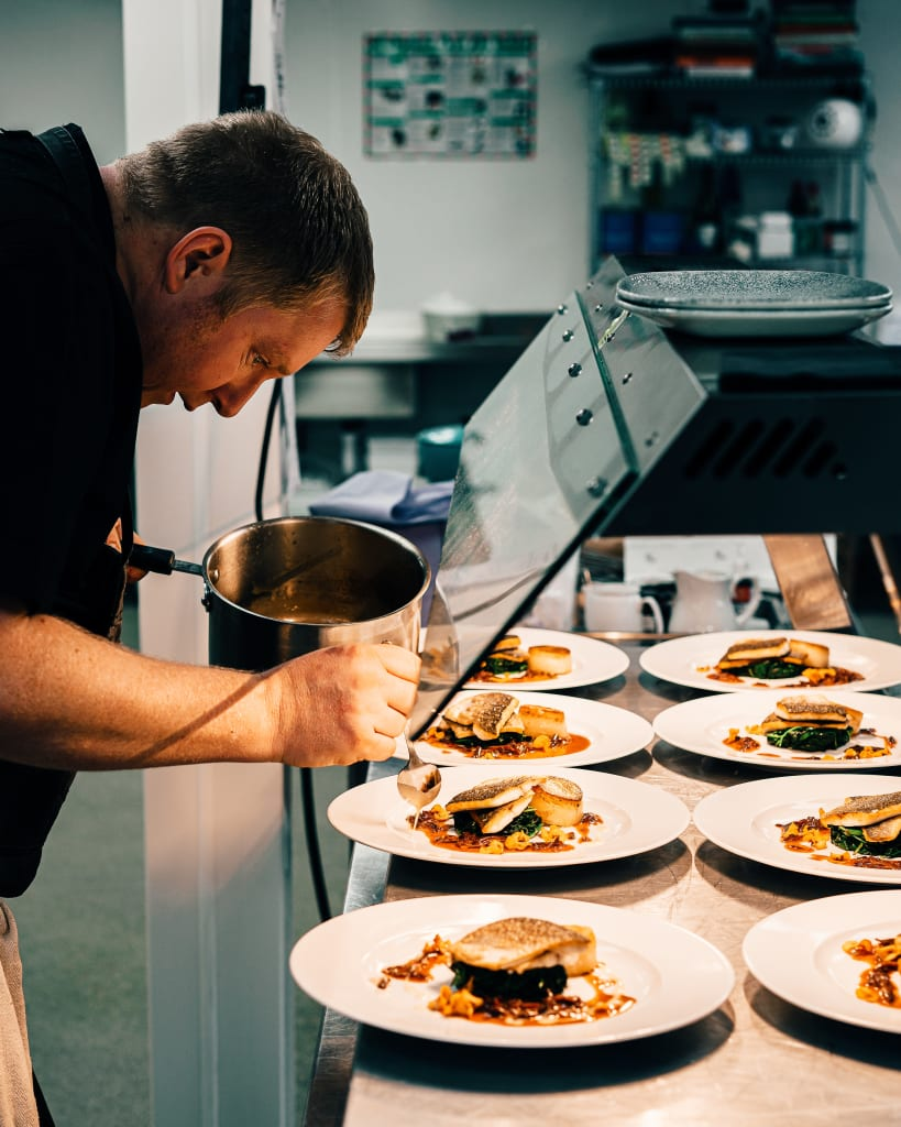 restaurant-kitchen-sebastian-coma