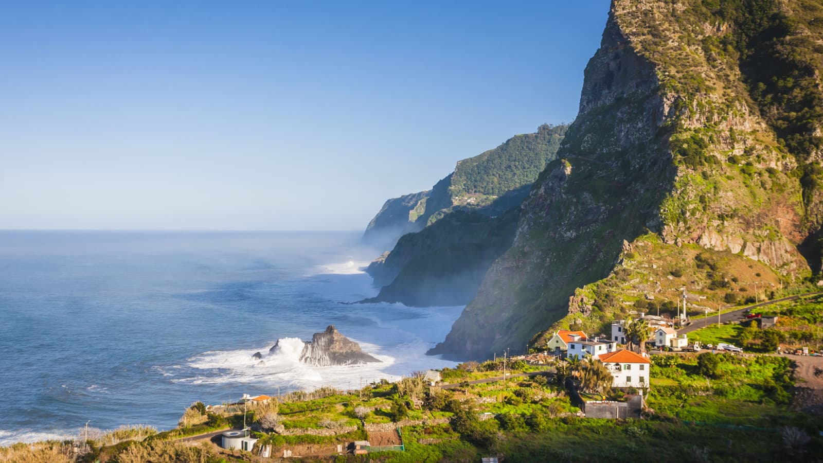 Diving Madeira with Azul Diving Center | SSI and PADI Scuba Courses
