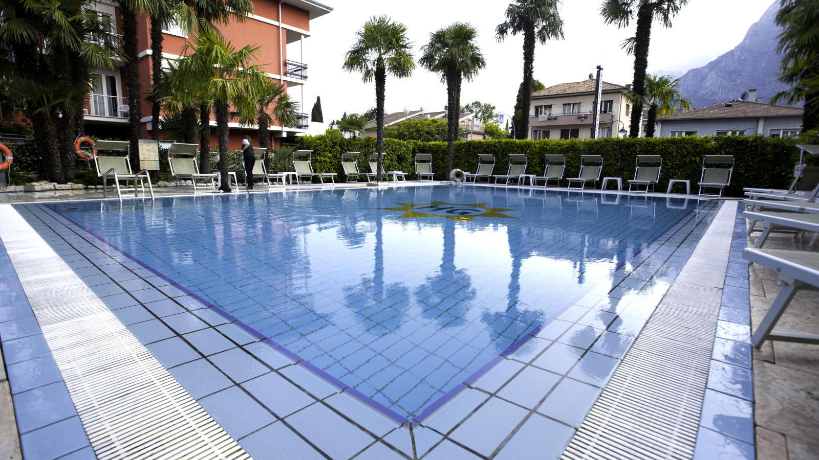 Hotel Garda Riva Lake Garda Holidays