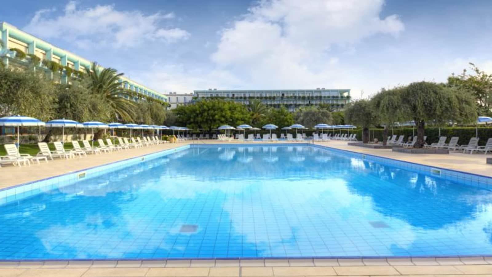 Naxos beach villette h b giardini naxos - Hotel 3 stelle giardini naxos ...