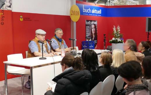 Iny Lorentz bei einer Lesung auf der Leipziger Buchmesse