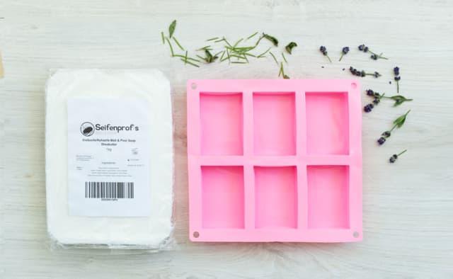 Zutaten DIY Lavendel-Kräuter-Seife