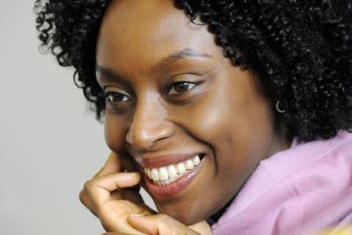 Portrait Autorin Chimamanda Adichie