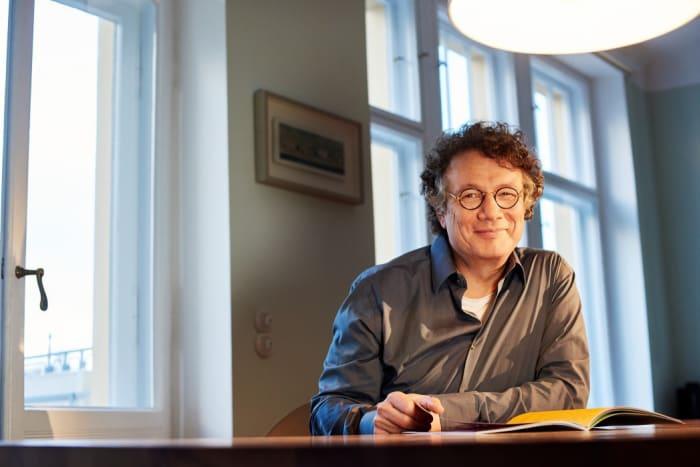 Ingo Schulze, Die rechtschaffenen Mörder, Literaturhaus Basel, Home delivery,